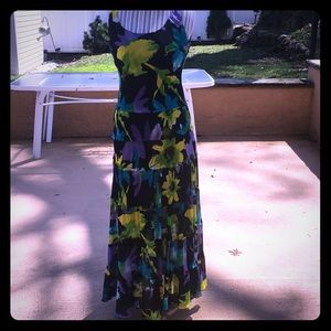 Jones of New York gently worn Maxi polyester 👗